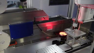 機器人在汽車高壓油泵組(zu)裝線(xian)上的(de)應用